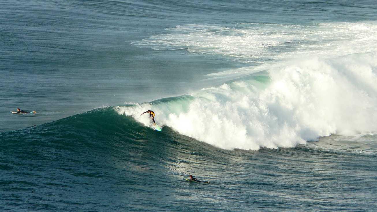 surf olas grandes menakoz 07