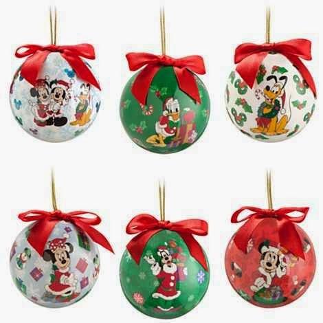 imagen de bellos adornos navideños