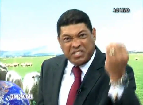 Valdemiro reportagem Domingo Espetacular responde