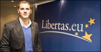 http://www.publico.es/politica/contratistas-militares-eeuu-financiaron-2009.html