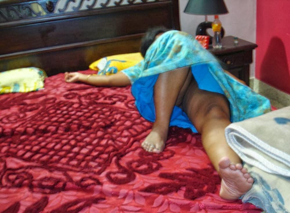 young teen sleeping naked