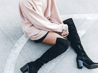 http://www.krisztinawilliams.com/2015/11/stylish-tricks-for-wearing-over-knee.html