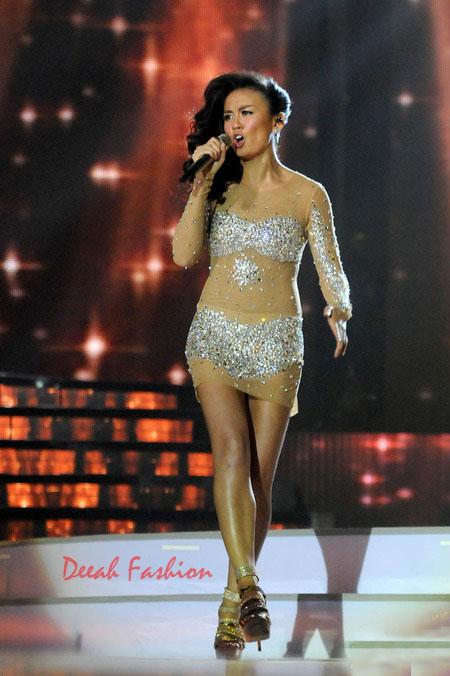 Baju Kebaya Agnes Monica Transparan (Final Indonesian Idol 2012)