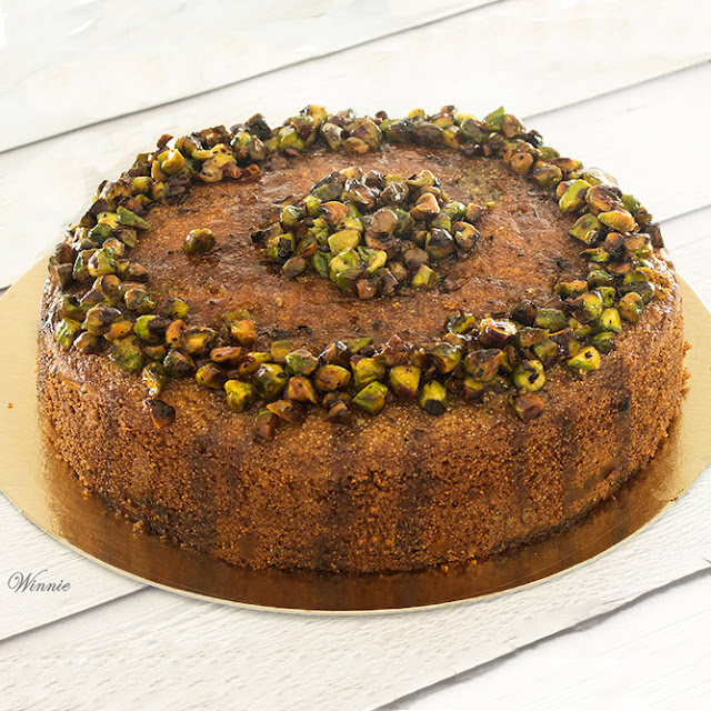 Honey Cake with Semolina & Pistachios