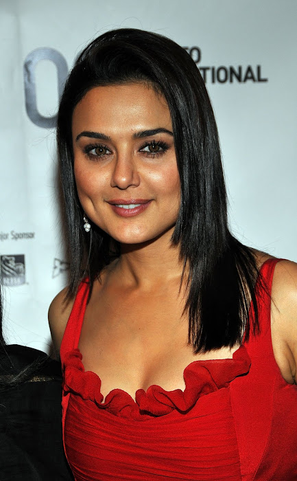preity zinta current hot images