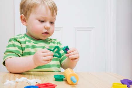Per alcuni teorici (psicologi, pedagogisti) il gioco ha diverse