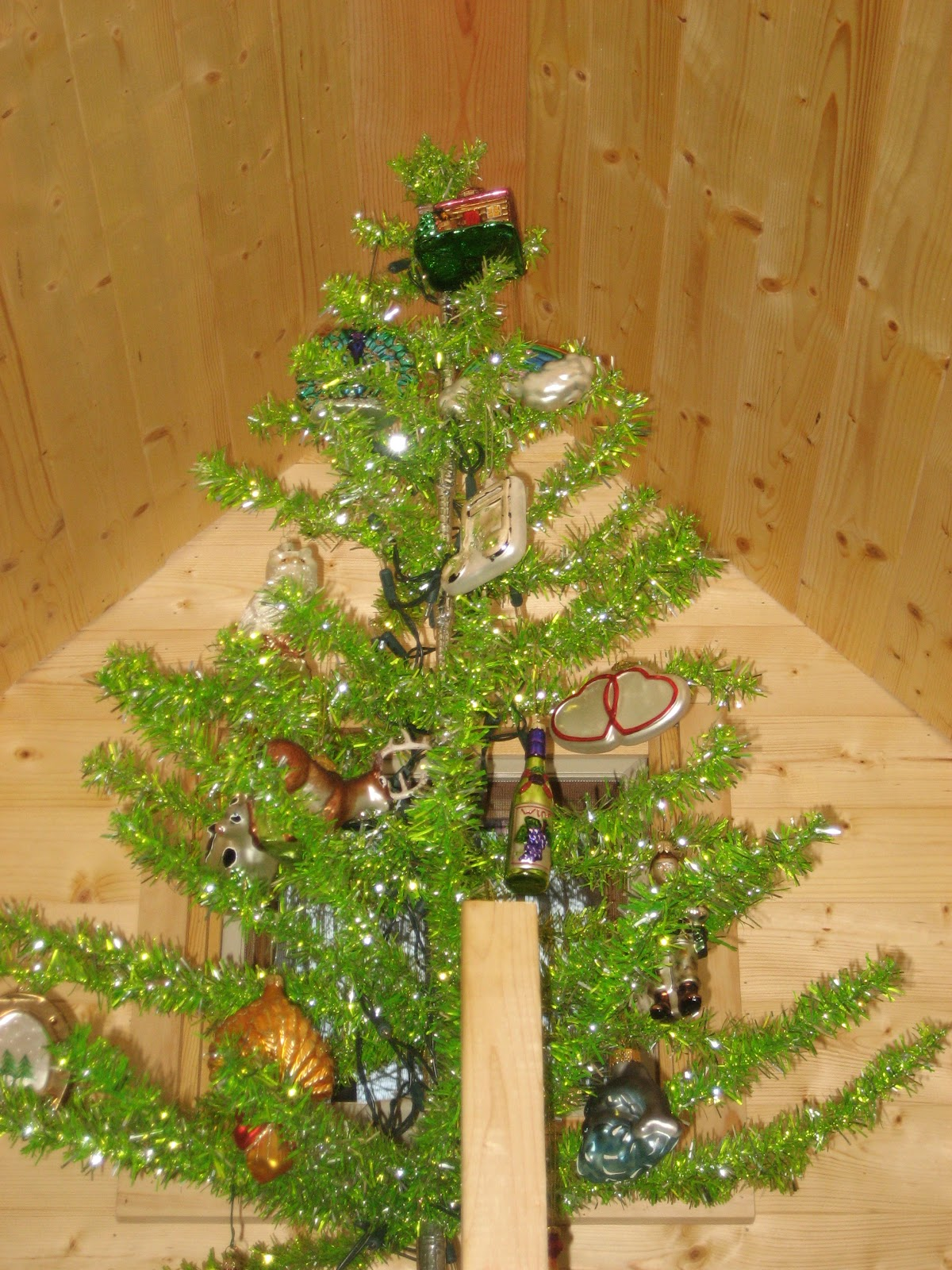Life in 120 Square Feet: Tiny House Gift Giving Guide