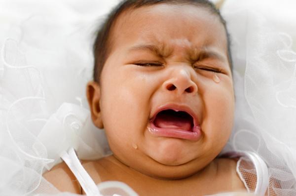 """""""Doktor! Tolonglah Anak Saya, Dah Seminggu Menangis Tak Boleh Tidur."""""""