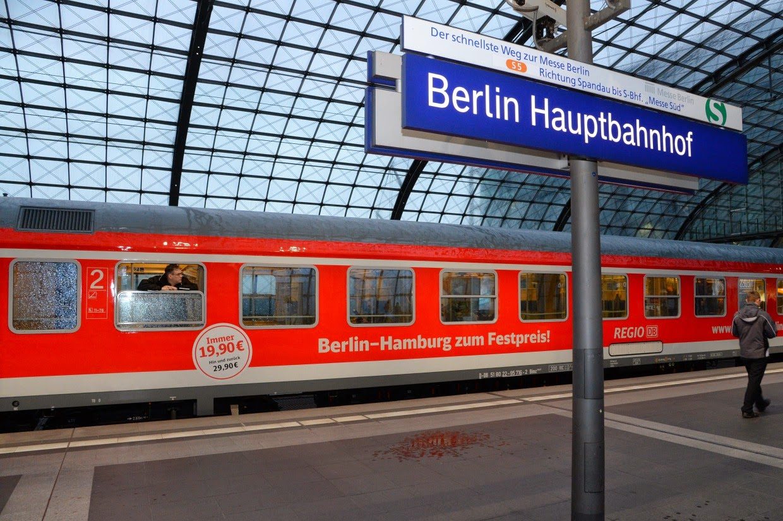 regionalbahn sikeres az olcs vonat szt l b v l a k n lat. Black Bedroom Furniture Sets. Home Design Ideas