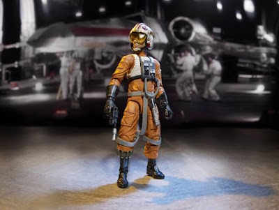 "Hasbro Star Wars The Black Series 6"" Luke Skywalker in X-Wing Gear figure"