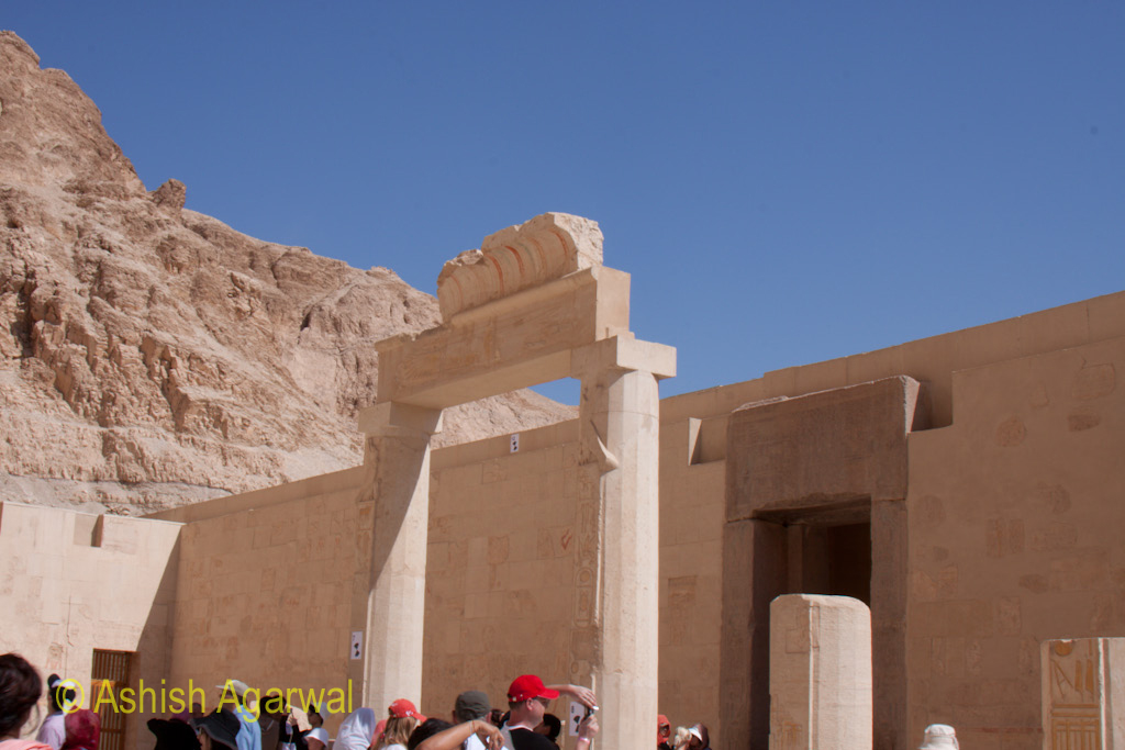 Inside the Queen Hatshepsut temple in Deir el Bahari, and with a lot of tourists along as well