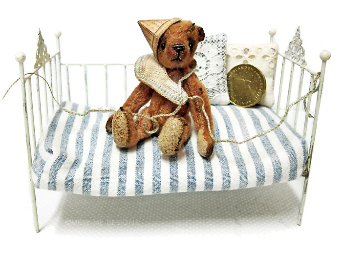 miniature teddy bear, viscose mohair, miniature knitting