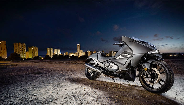 Honda NM4 is very heavy on the modern style