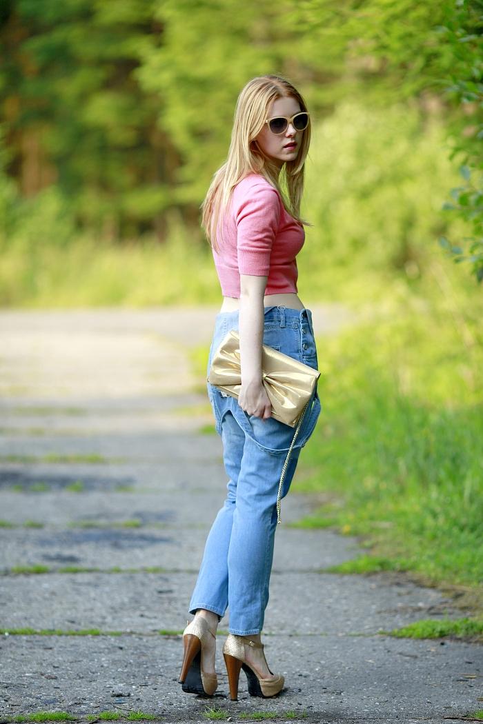 česká módní blogerka, lucie srbová, denim dungarees, coral top