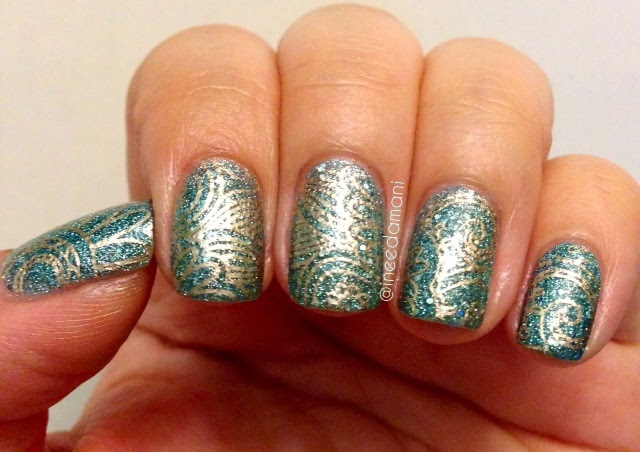textured glitter blue and gold arabesque nail stamping