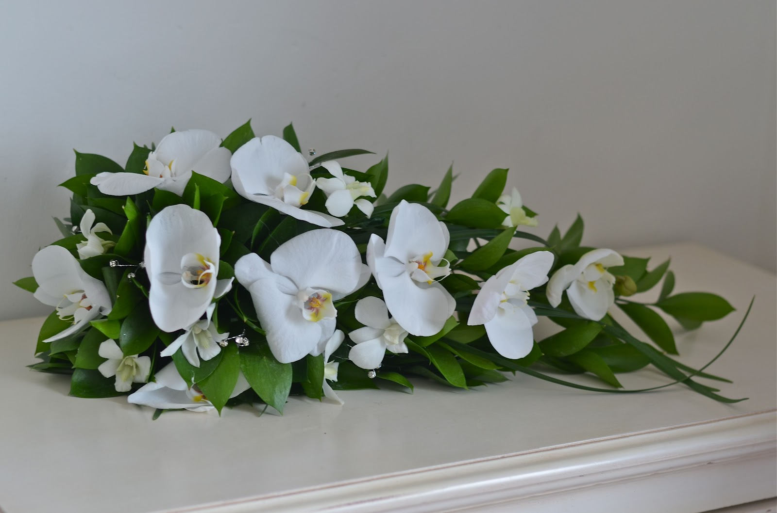 Wedding Flowers Blog Annes Classic White And Green Wedding Flowers