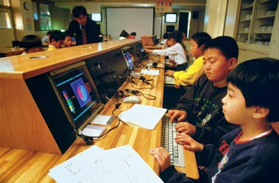 Kelas seperti Grafik, Suntingan Video, bina laman web, Coding dan Membina Apps