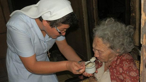 Domund 2015 los misioneros españoles reparten misericordia
