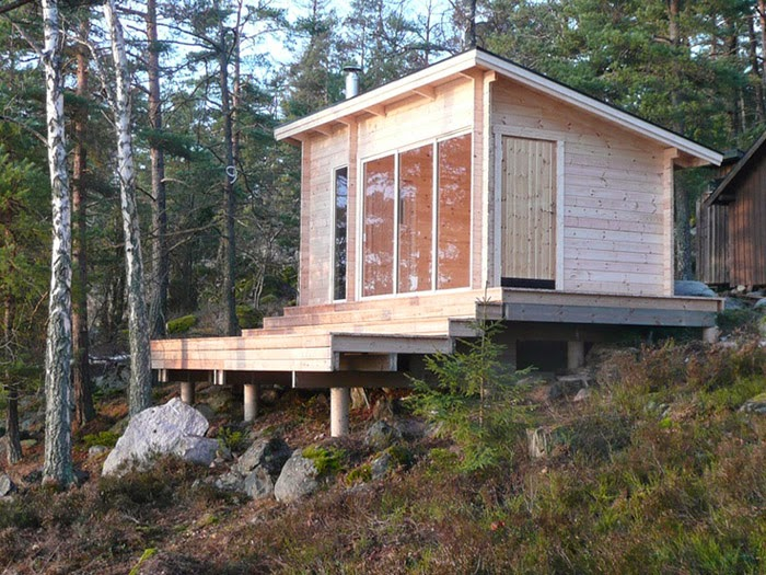 Cabin fever six weekend cabins to dream about poppytalk for Small weekend cabin plans