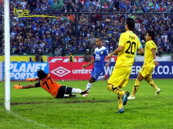 Persib Bandung Kalahkan Tuan Rumah Gresik United 4-1
