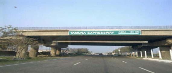 Yamuna Expressway went toll-free for six days till Independence Day 2013
