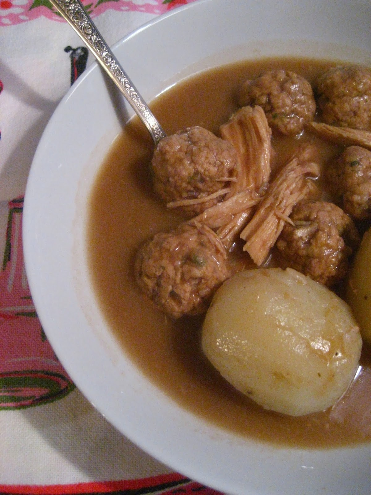 Marie est dans son assiette rago t de boulettes et - Boulette de boeuf maison ...