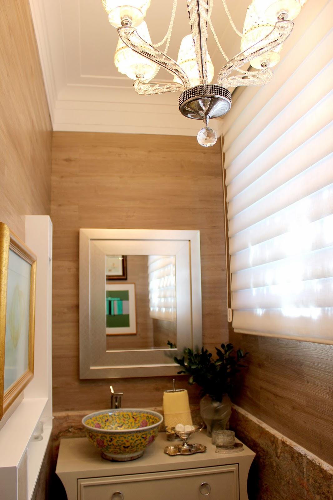 Ateli revestimentos 10 sugest es para decorar banheiros for Piso rustico moderno