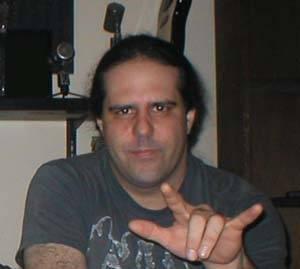 Mike Scaccia guitarrista Ministry y Rigor Mortis