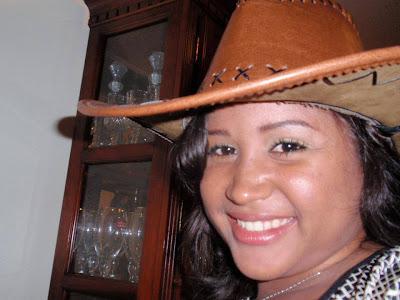 MUERE GLENI ALEXANDRA GUZMAN DIPITON EN ACCIDENTE CARRETERA CABRERA-RIO SAN JUAN