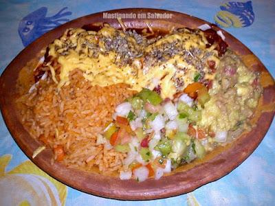 Cien Fuegos: Burritos Cien Fuegos