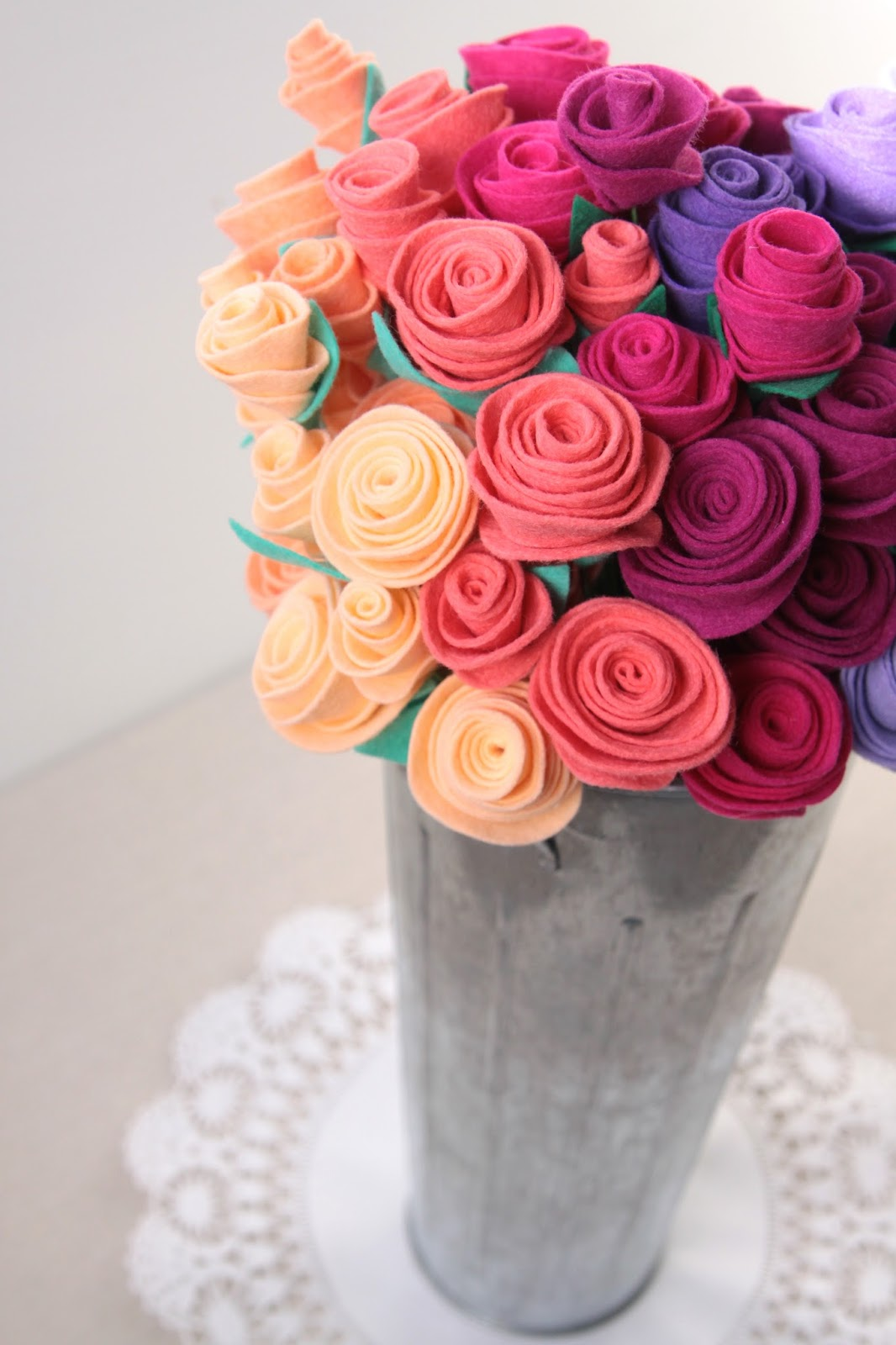 Felt Rose Tutorial // Bouquet // Benzie