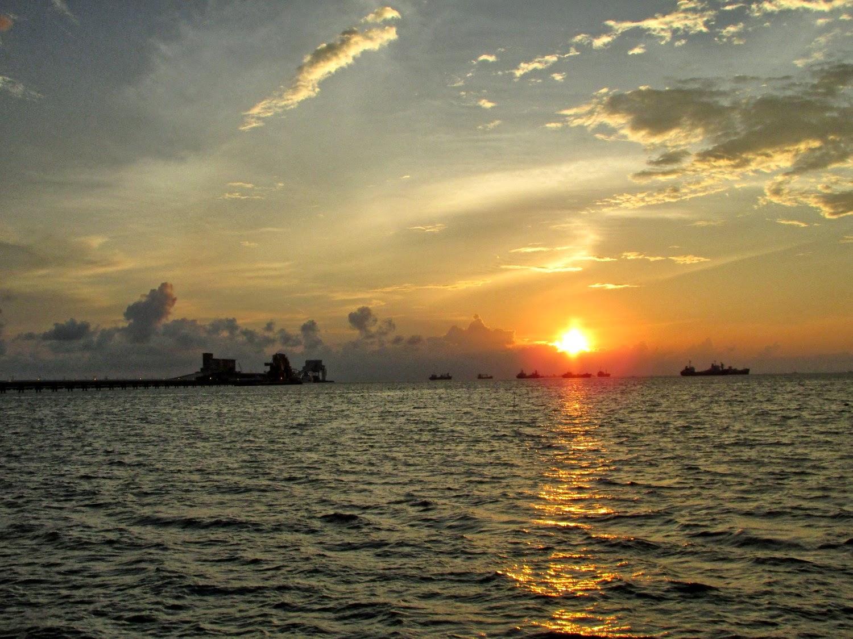 Sunset di Dermaga Biringkassi