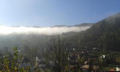 jesienna mgła w Szczawnicy