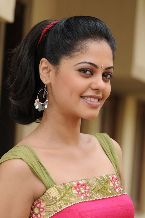 Indian Actress Bindu Madhavi