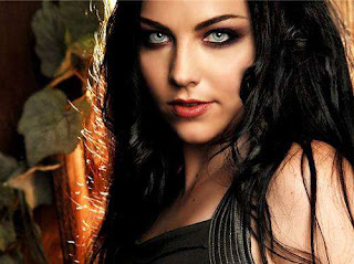 Singer Amy Lee