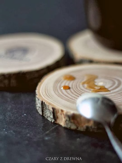 Wooden mug pads