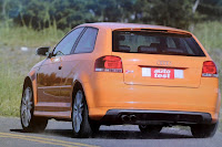 Curva cola atras Audi S3