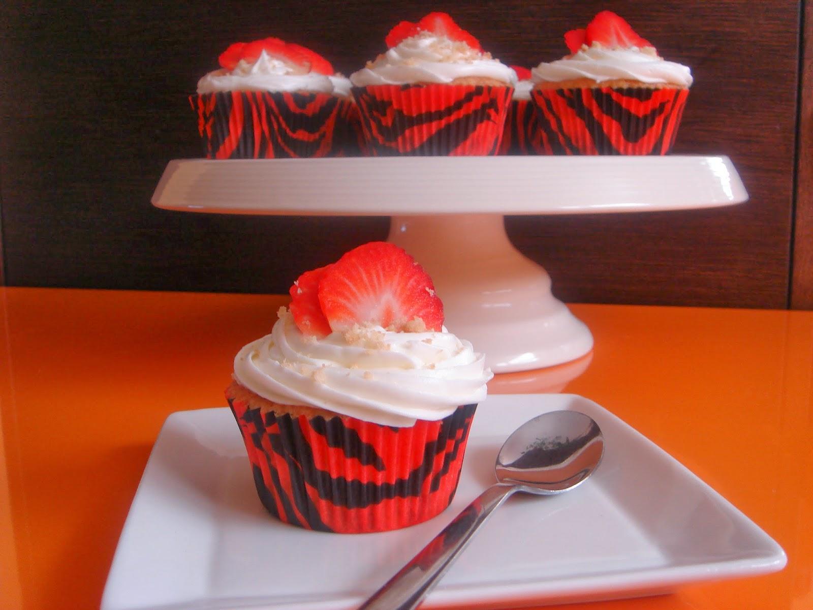 cupcakes de cheesecake de fresa