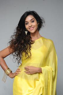 Potugadu heroine Anu priya Pictures 011.jpg