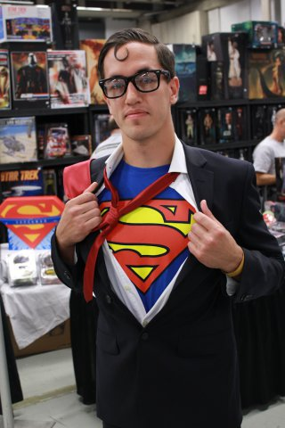 5 minute librarian library halloween costumes for the last minute supermanclark kent solutioingenieria Gallery