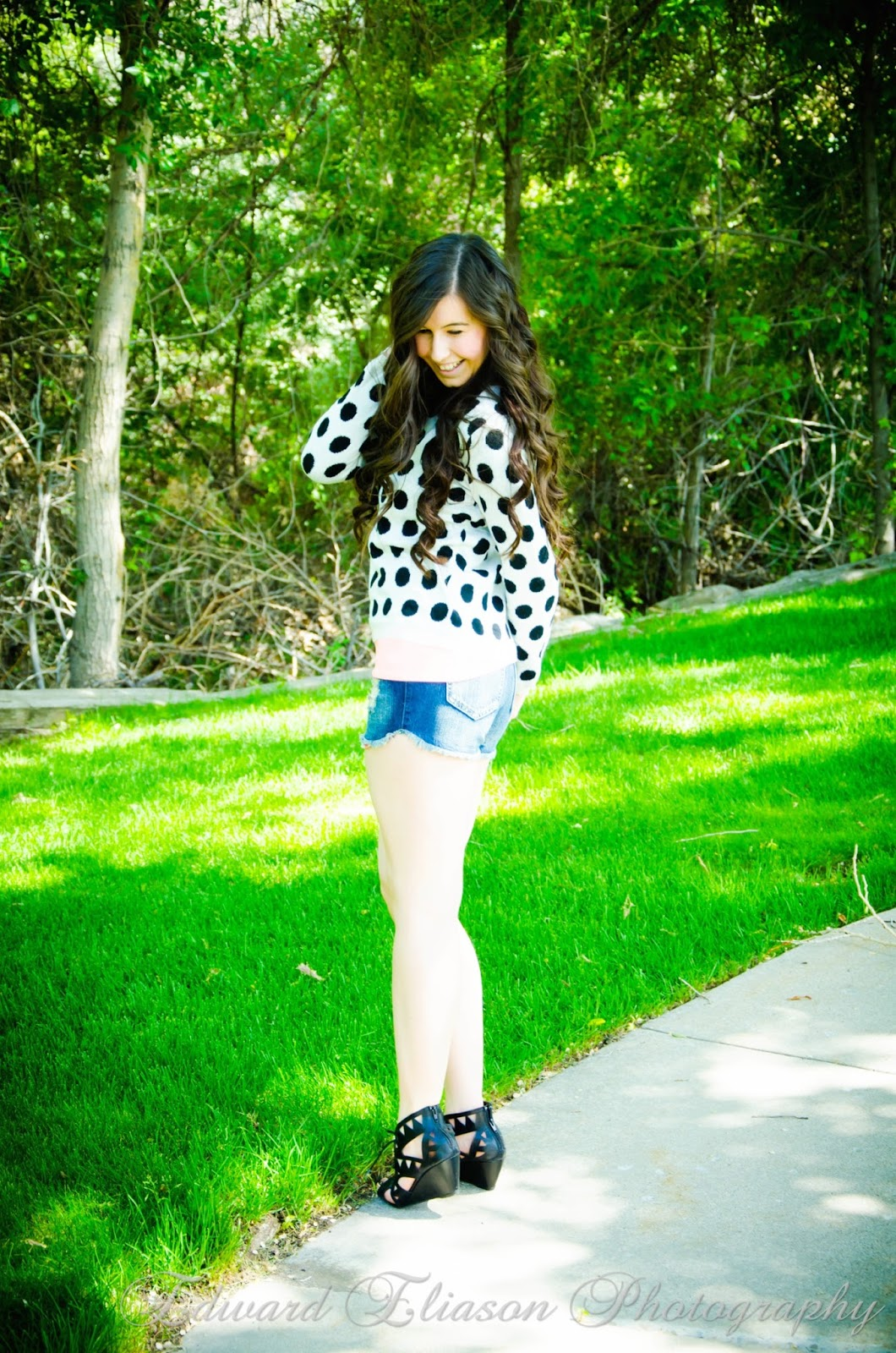 short shorts, polka dot sweater, impressions boutique, impressions clothing, impressions clothing store, pretty, california outfit, night time outfit, cali outfit, pretty long hair, curly hair,