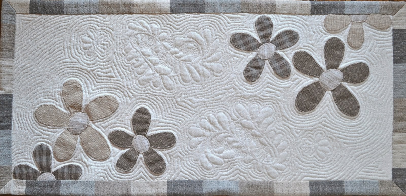 Kaitaliina / Table runner
