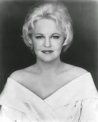http://milanoradiofutura.blogspot.it/2015/03/peggy-lee.html