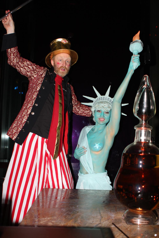 Human Statue Bodyart Zeta Bar Hilton Hotel Presents