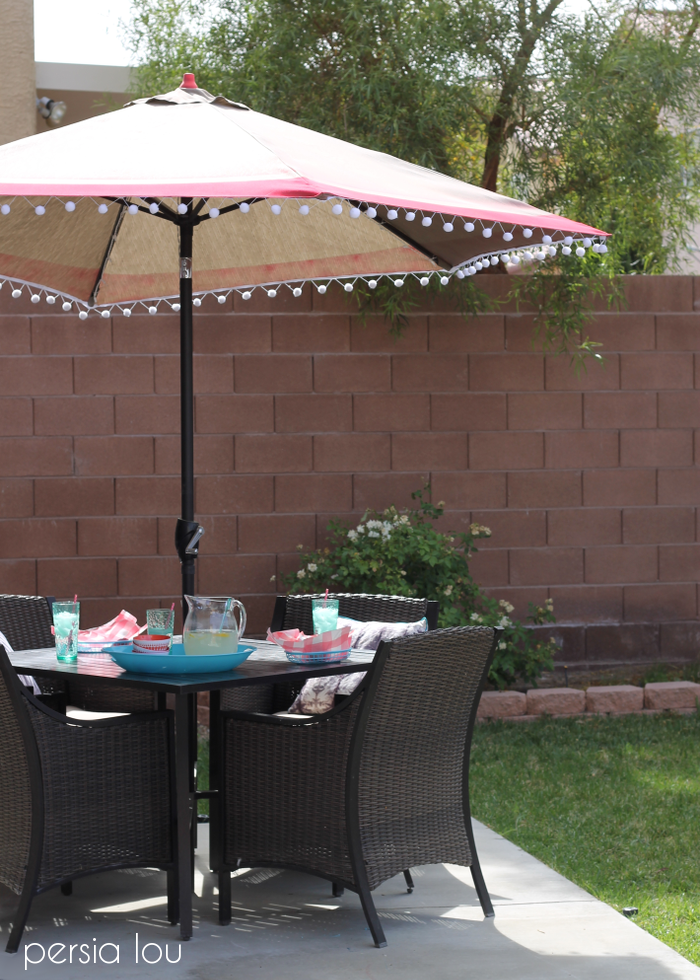 Awesome Patio Umbrella Makeover from Persia Lou
