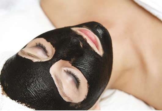 Watch How to Apply a Mud Mask video