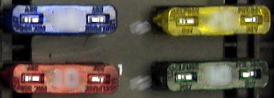 kotak skring mobil