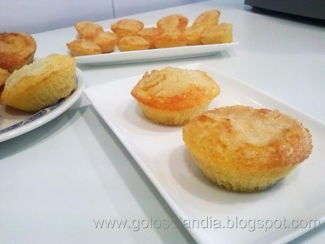 Magdalenas caseras o muffins , receta casera paso a paso