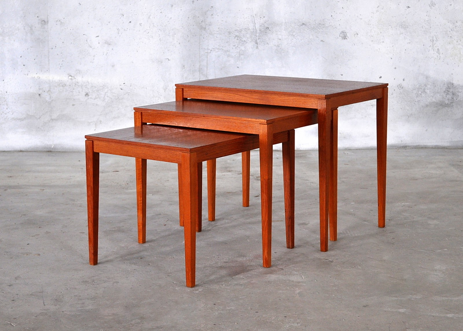 Perfect Danish Modern Teak Nesting Tables 1600 x 1142 · 262 kB · jpeg