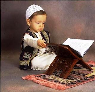 Gambar Anak Muslim Belajar Alqur'an